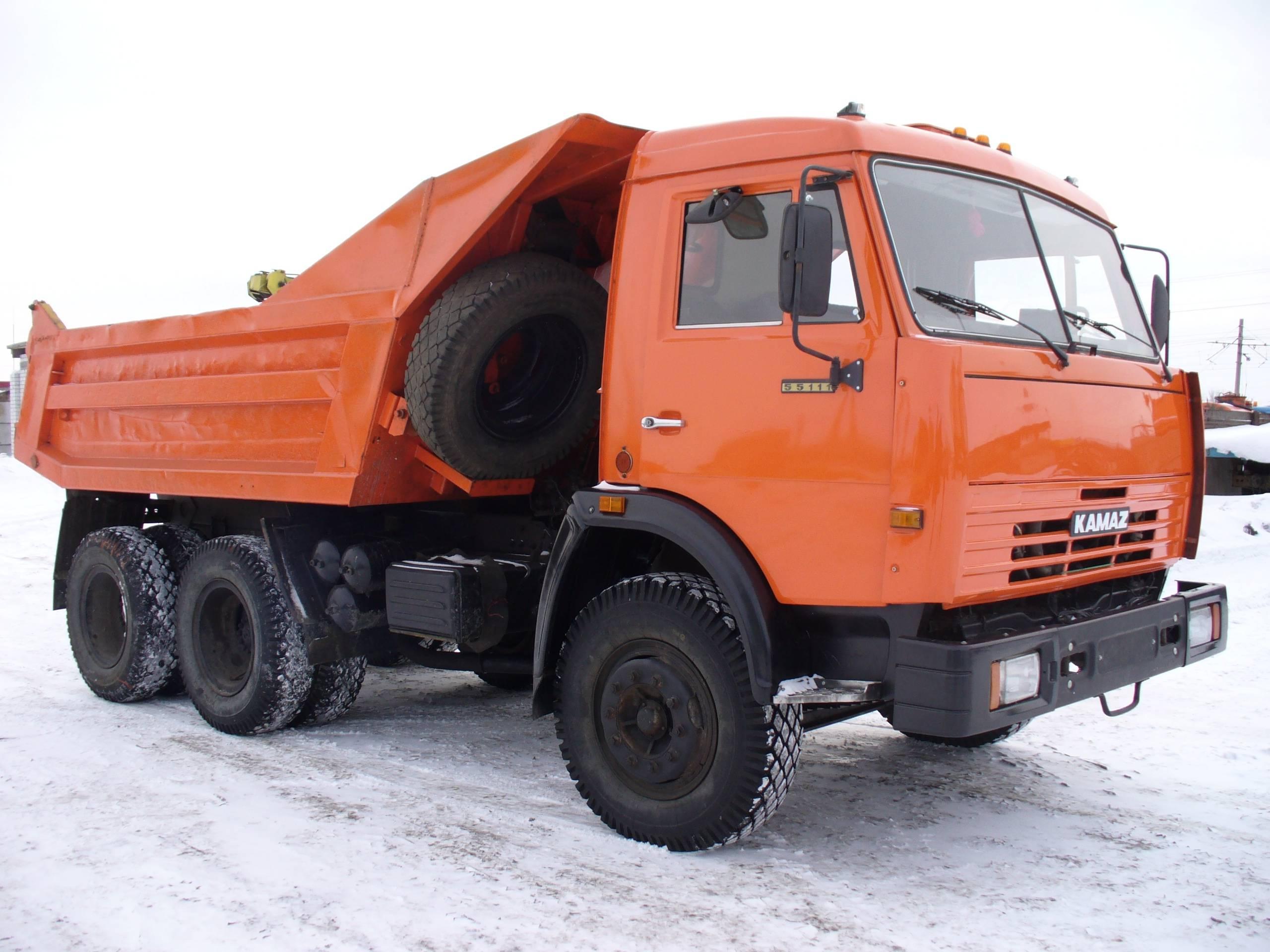 Автомобиль - самосвал Камаз