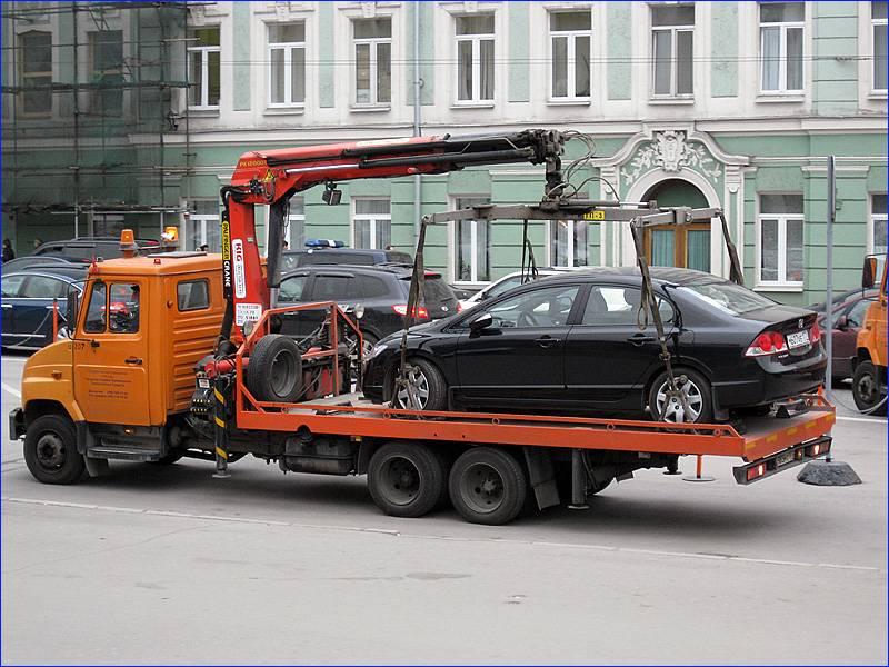 Грузим авто на эвакуатор